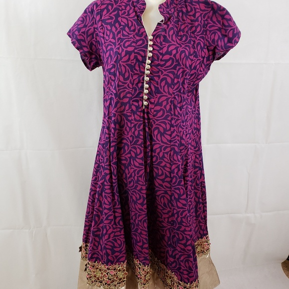 Brightly colored authentic Indian tunic